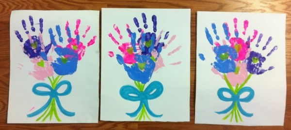 Mothers Day Is In Just A Few Weeks So Weve Rounded Up Quick And Easy Bouquet Projects Your Students Will Love Working On These Flowers